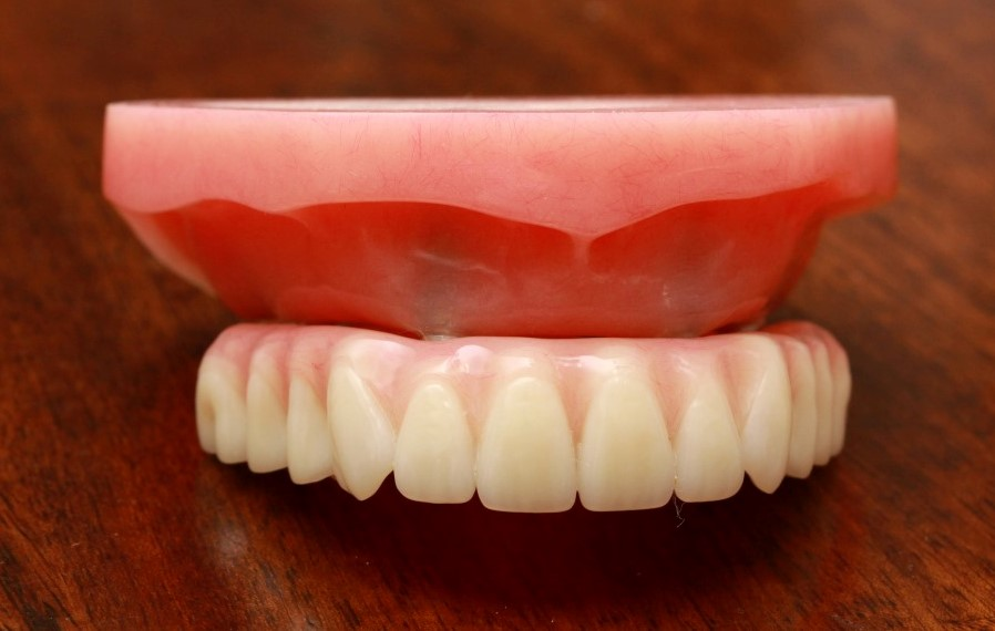 Dentures the healthy mouth project problems with dentures solutioingenieria Images